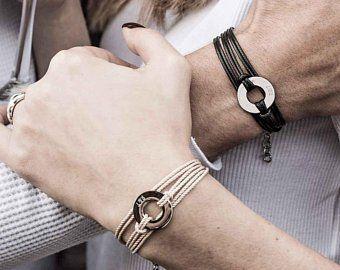 Les bijoux de couples : des accessoires tendances