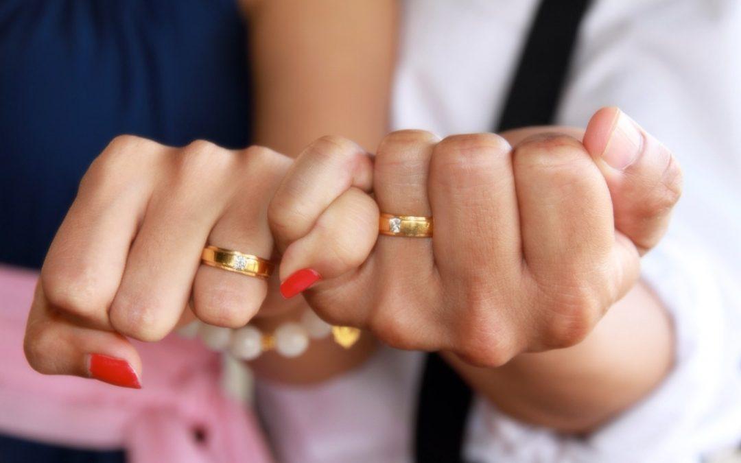 Quel matériau choisir pour une bague de fiançailles ?